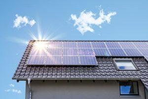 panele fotowoltaiczne a solarne